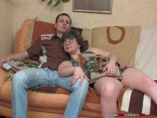 porno-russkie-mamki-pristayut