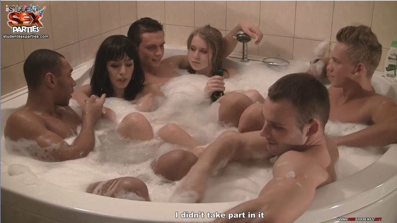 foto-porno-orgiya-v-saune-patsan-otodral-svoyu-moloduyu-sosedku-krasivuyu-russkoe-porno